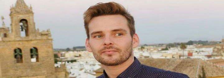Un párroco de Sevilla impide a un homosexual ser padrino del bautismo de su sobrina