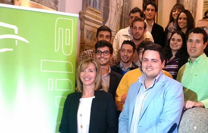Alicia García anuncia que la Consejería destinará 15,6 millones de euros en actuaciones de Garantía Juvenil