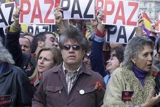 Antonio Burgos contra los del 'No a la guerra':