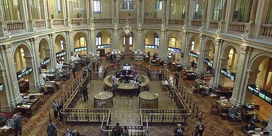 La Bolsa de París abre la sesión con pérdidas del 1% tras los ataques