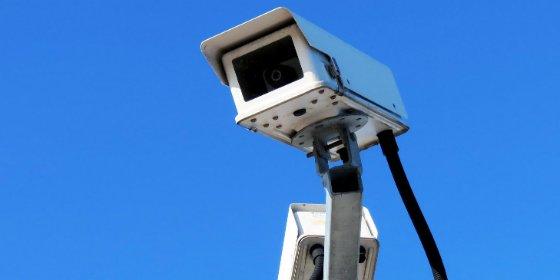 Cámaras controlarán en acceso de tráfico a la calle San Pedro de Alcántara de Cáceres