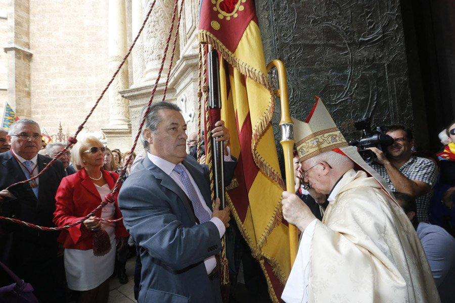 """Cañizares pide a los católicos votar para """"mantener el espíritu de concordia nacional de la Constitución"""""""