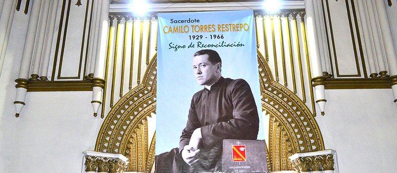 El arzobispo de Cali pide que se rinda homenaje a la memoria del cura Camilo Torres