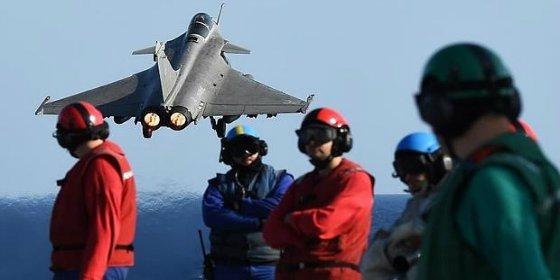 Así aplasta Francia al Daesh en Irak y Siria desde el 'Charles de Gaulle'