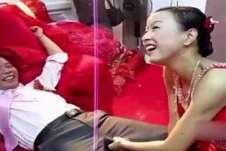 Vídeo Viral: La novia mete mano al invitado en plena boda... y lo pone tieso