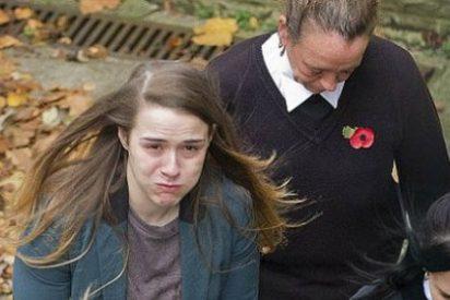 Condenada a 8 años por ponerse un pene de plástico y hacer creer a su amiga que era un hombre