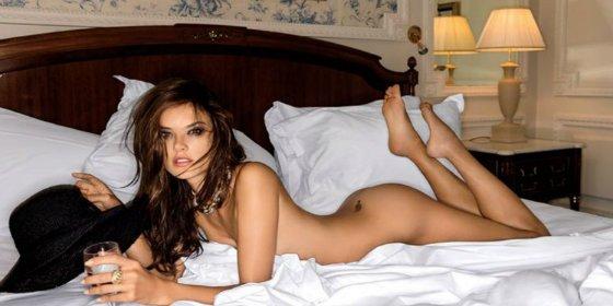 El desvelado secreto de esta angelical 'top model' la deja con el culo al aire
