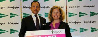 El Corte Inglés entrega a la Asociación Española contra el Cáncer un cheque por más de 50.000 euros