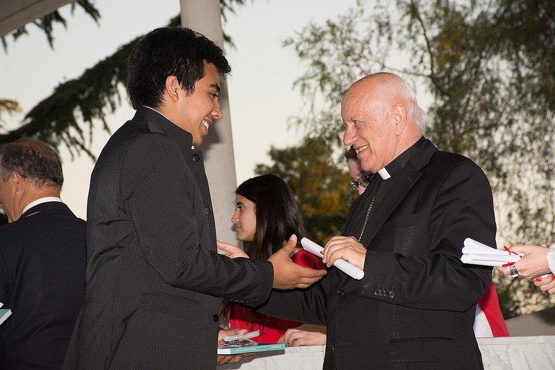 Academia de Líderes Católicos premia a cientos de jóvenes y figuras públicas de Chile y Brasil