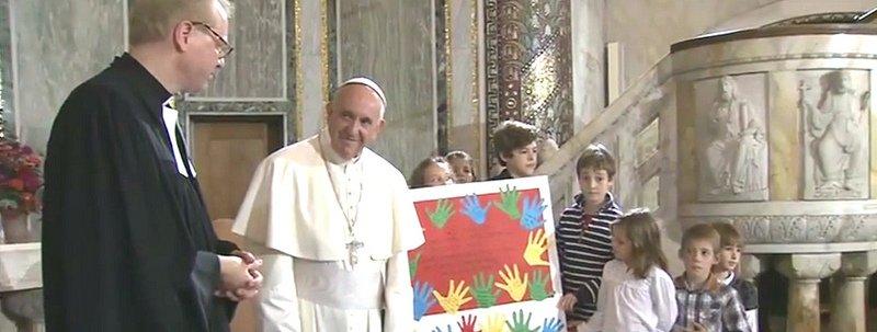 """Francisco a los luteranos: """"Pedirnos perdón por el escándalo de estar divididos"""""""