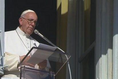 """El Papa en el ángelus: """"Utilizar el nombre de Dios para justificar la violencia es una blasfemia"""""""