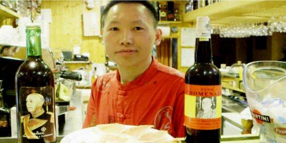 """El chino más facha de España que ha llamado Franco a su hijo: """"Hoy día ningún político tiene huevos"""""""