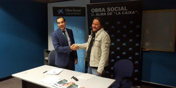 """La Obra Social """"la Caixa"""" colabora con la Asociación Colectivo La Calle de Cáceres"""