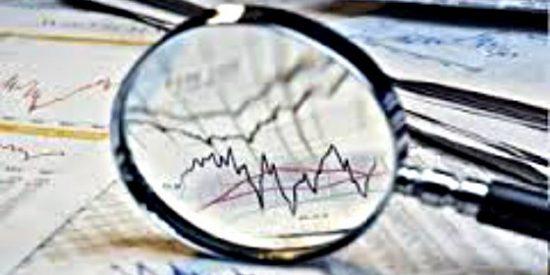 El Ibex cede un 0,9% en la media sesión ante al aumento de la tensión en París