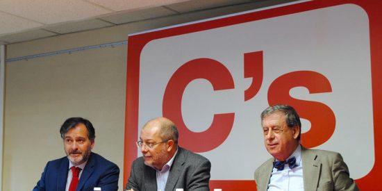 Francisco Sosa Wagner, Francisco Igea y Jesús San José presentan las Reformas Democráticas e Institucionales de Ciudadanos (C's)