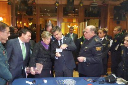Cosidó inaugura la reunión semestral de responsables policiales y representantes del sector empresarial del juego