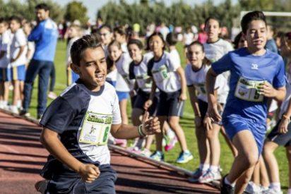550 escolares de Villafranca participan en el II Torneo de Diviértete con el Atletismo