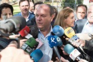 """Monago cree que Vara sacará adelante las cuentas extremeñas con los votos del """"tripartito"""""""