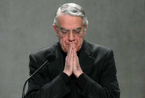 Lombardi niega la implicación de cuatro cardenales