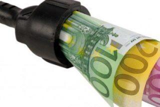 Los españoles gastan un promedio de 96 euros al mes en luz y gas