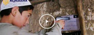 """[VÍDEO] Clases infantiles para los terroristas del futuro: """"¿A quién tenemos que disparar en la cabeza?"""""""