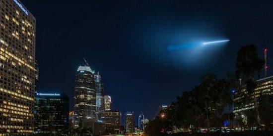 El OVNI azul que ha causado el pánico entre los vecinos de California del Sur