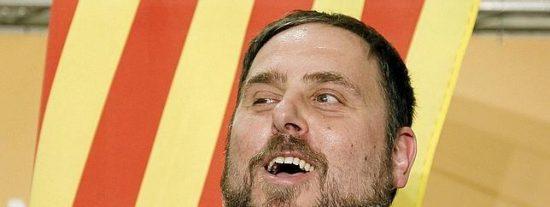 """Antonio Burgos fulmina a los separatistas catalanes: """"¿Hay algo que dé más miedo que la cara de Junqueras proclamando la independencia?"""""""