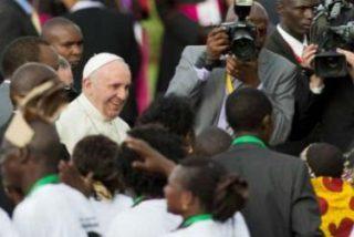 """Papa en Kenia con líderes religiosos: """"El Dios a quien buscamos servir es un Dios de la paz"""""""