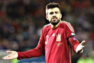 Piqué no se corta un pelo y manda un mensaje a Ángel Torres
