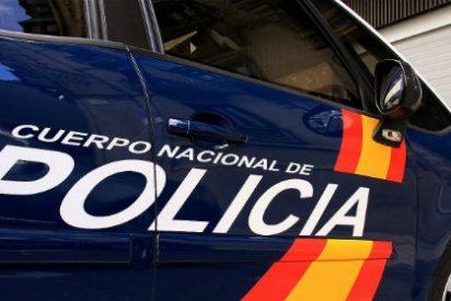 La rápida intervención de la Policía Nacional evita el suicidio de un hombre en pleno centro de Madrid