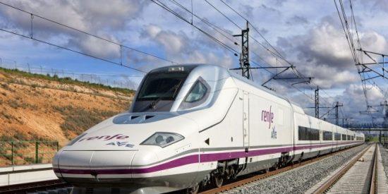 Castilla y León se presenta como ' destino AVE ' con la firma de un convenio con Renfe