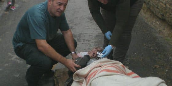 La Guardia Civil consigue rescatar a una persona atrapada en el interior de un inmueble