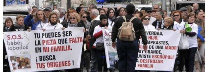 Víctimas del robo de bebés piden ayuda a Francisco