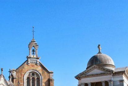 La Iglesia anglicana retira la denuncia contra Sanz por el caso del cementerio de El Salvador