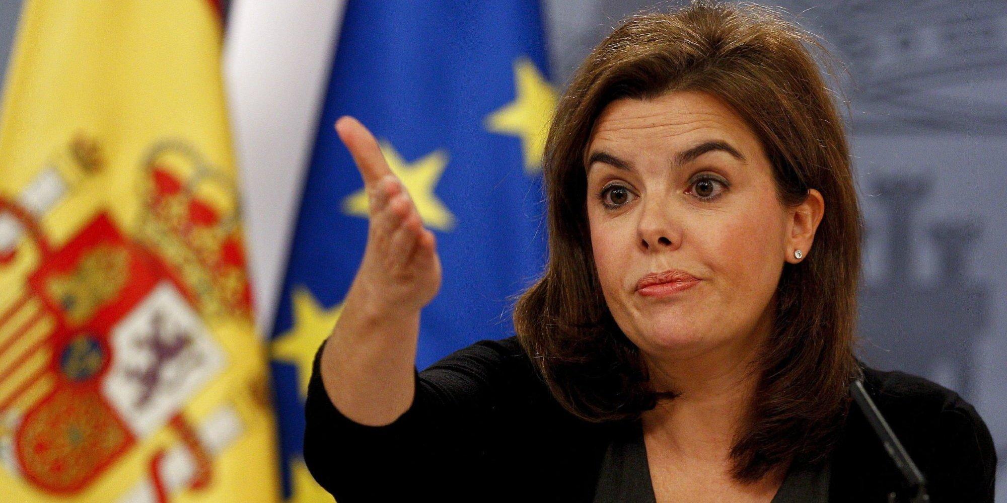 Soraya instruye al Gobierno y avisa a Forcadell y los independentistas