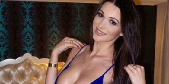 La exfutbolista más sexy del mundo lo enseña todo en su último vídeo