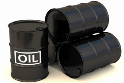 El precio del crudo cae otro 12% en la semana