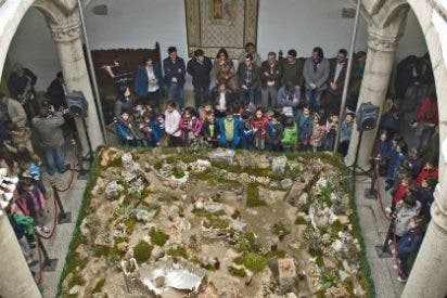 El Belén de la Diputación de Cáceres vuelve a cobrar vida