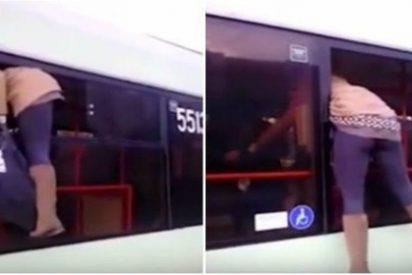 La lista que escapa por la ventanilla del bus para no pagar y le sale de culo