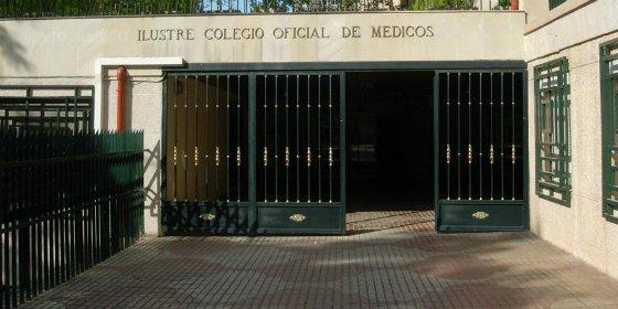 """El Colegio de Médicos de Cáceres acoge la presentación del libro """"Letras para crecer dos"""""""