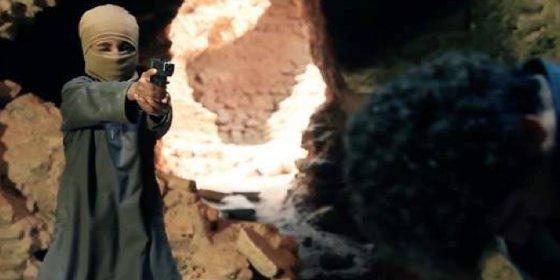 El vídeo más bestial del ISIS: unos niños matan a 6 fieles ¡jugando al escondite!