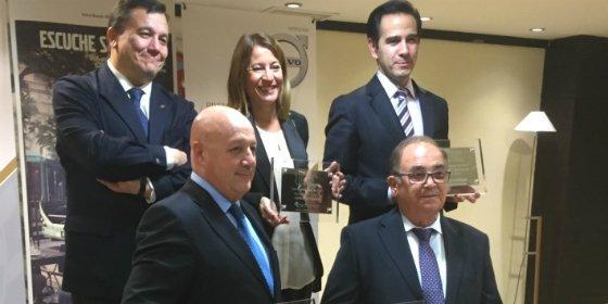 Cáceres y SUBUS reciben el premio al mejor transporte urbano de 2015