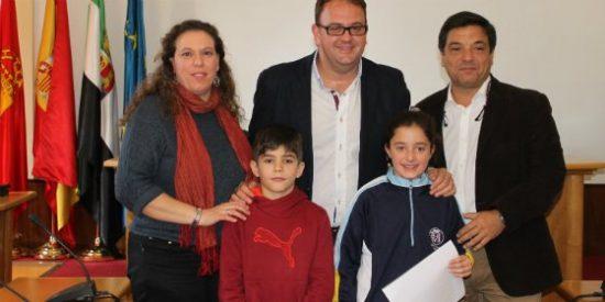 Ayuntamiento y Aqualia entregan los premios del concurso internacional de dibujo infantil de Mérida