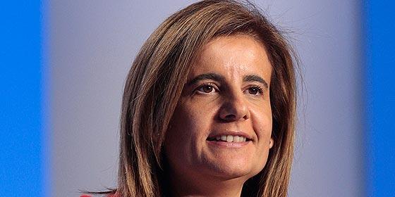 """Fátima Báñez: """"Estoy contenta con los datos de paro y va a ser una buena Navidad para el empleo"""""""