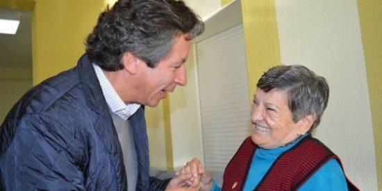 """Floriano: """"Para el PP la mejora del bienestar de los españoles empieza por más empleo y más políticas sociales"""""""