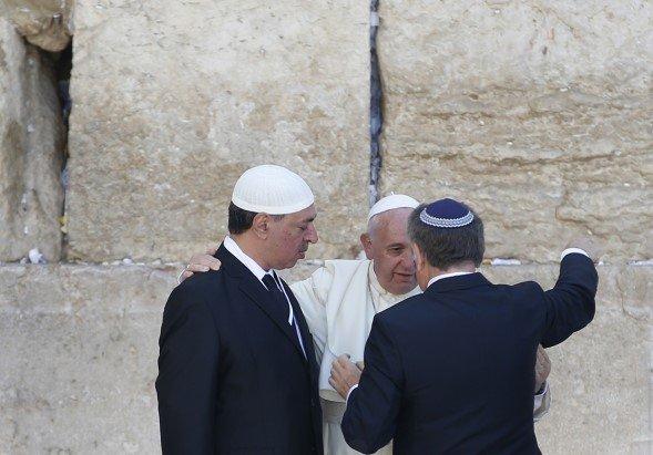 """Judios y católicos """"deben aprender a conocerse mejor, a reconciliarse cada vez más"""""""