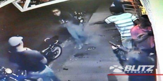El escalofriante duelo a muerte entre un hombre duro y una mujer fatal en Brasil