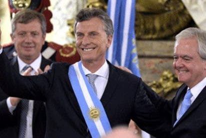 """Macri jura como presidente de Argentina: """"Creemos en la unidad y la cooperación de América y el mundo"""""""