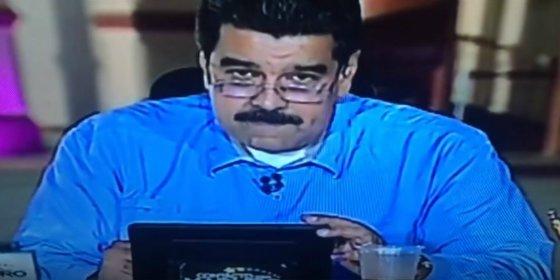 """Con esta mala leche responde Maduro al tuit lanzado en directo: """"¡Chúpalo!"""""""