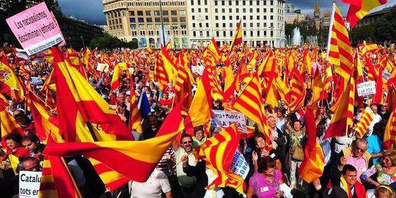 El bloque del 'no' a la independencia de Cataluña ganó en 12 de las 15 mayores ciudades catalanas